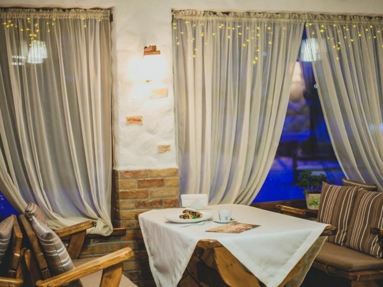 Отель Ла Крэчуну, Буковель, с. Поляница, участок Стаище, ул. Карпатская, 130